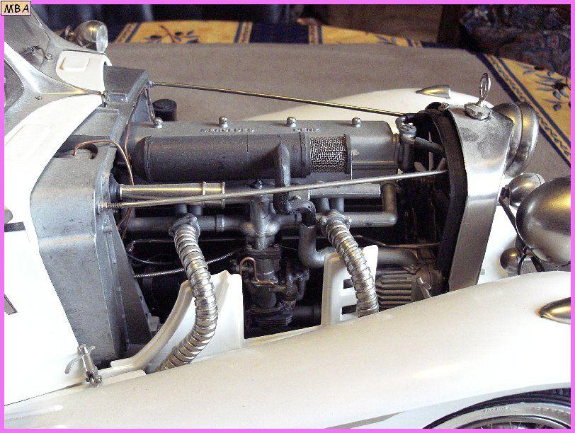 Mercedes Benz 540 K Cabrio Spécial.   au 1/8ème 492224Mercedes_540k_07