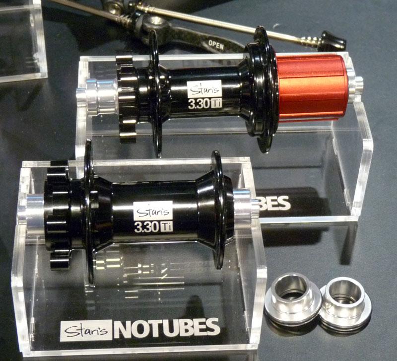 Notubes 523606stans_notubes_titanium_330_hubs01