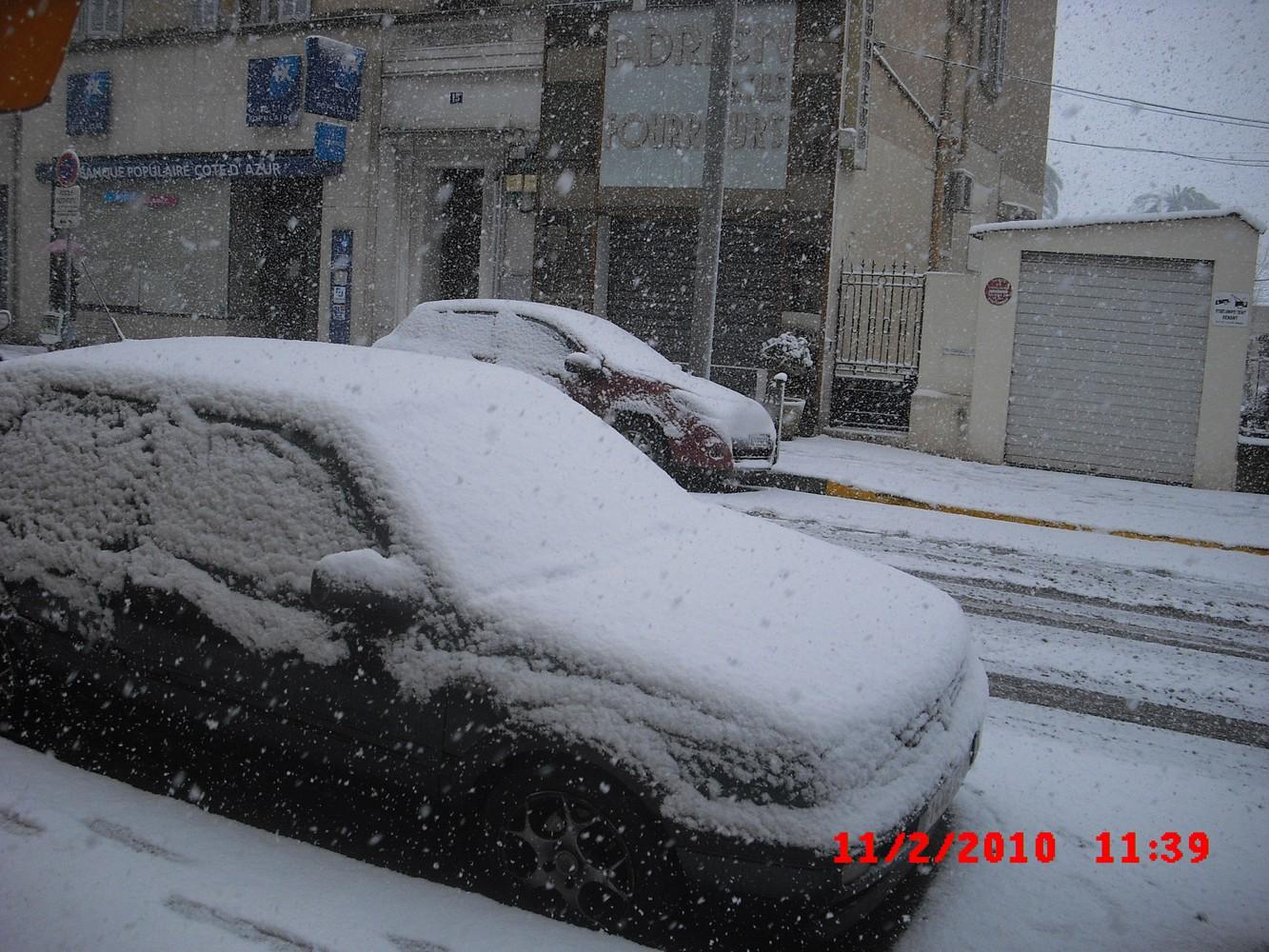 De la neige sur la côte d'azur ! 535600CIMG0021
