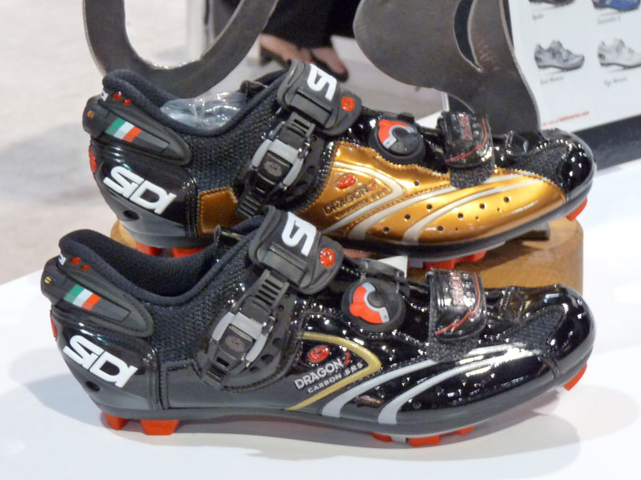 SIDI 579289sidi_shoes_2011_dragon_2_carbon_srs01
