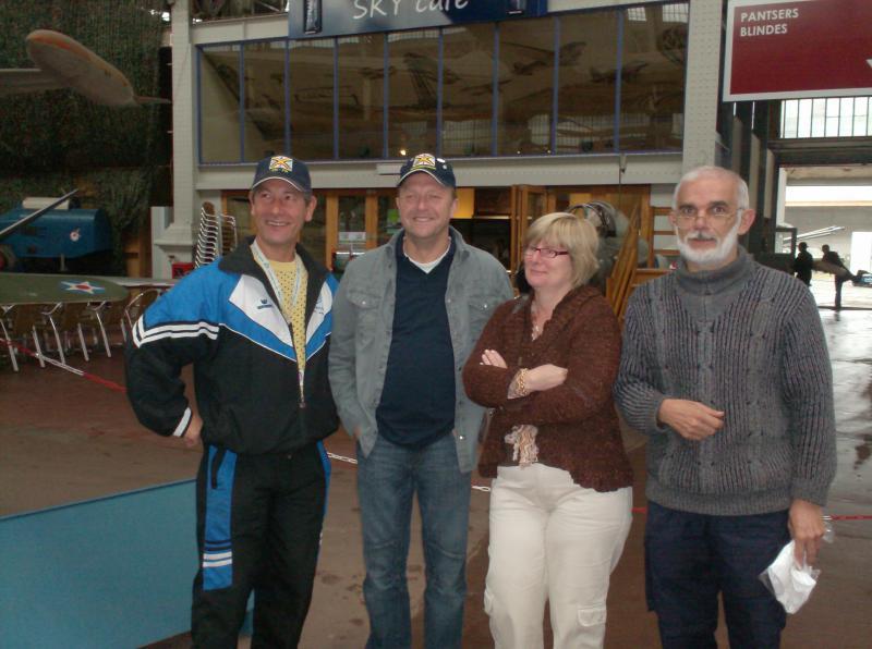 Photos des membres en visite au MRA 638225visite_du_musee_001