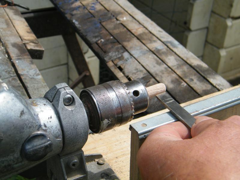 Comment usiner des mats pour les rendre coniques ou tourner des pièces en bois ou en métal 6405762010_0527maison_janvier_20100002