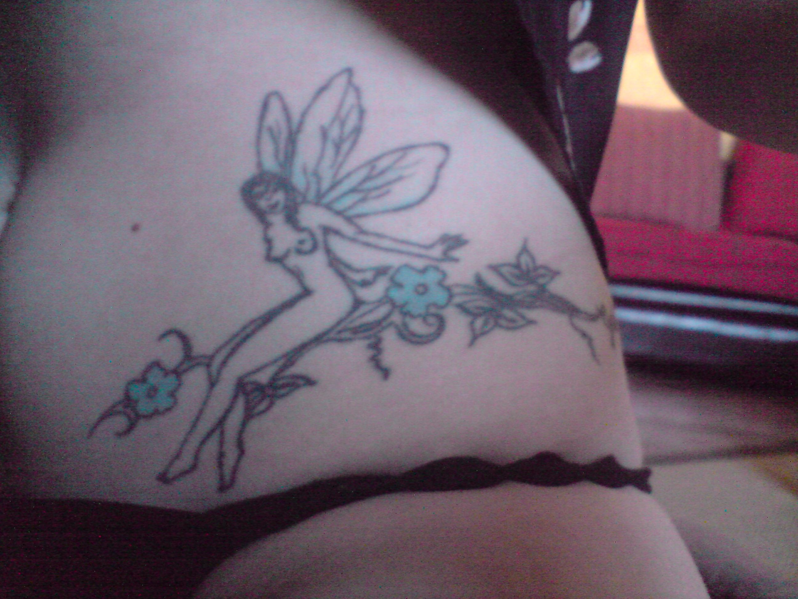 c'est quoi votre tatouage a vous - Page 2 654153P080508_11.44