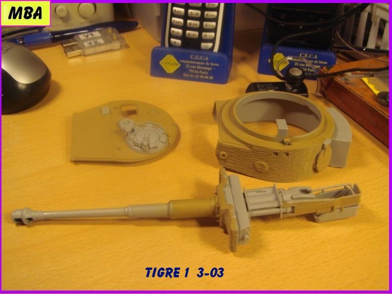Char Tigre 1 au 1/35ème Dragon 673006tigre303