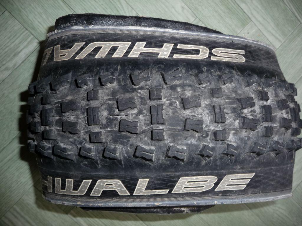 [VENDS] Divers pneus 727634tn_P1060115