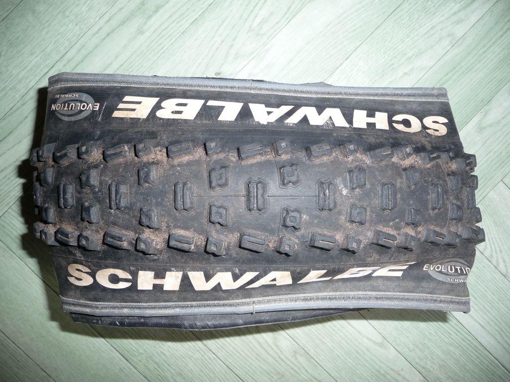 [VENDS] Divers pneus 735798tn_P1060109