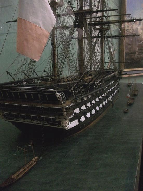 Que pensez vous du plus grand vaisseau 4 ponts Français? - Page 2 742192valmy_3