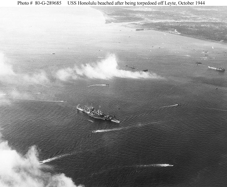 USN CROISEURS LEGERS CLASSE BROOKLYN 752281USS_Honolulu_octobre_1944