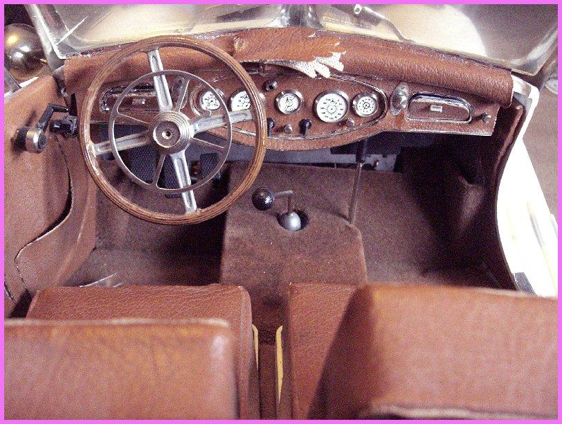Mercedes Benz 540 K Cabrio Spécial.   au 1/8ème 768352Mercedes_540k_10