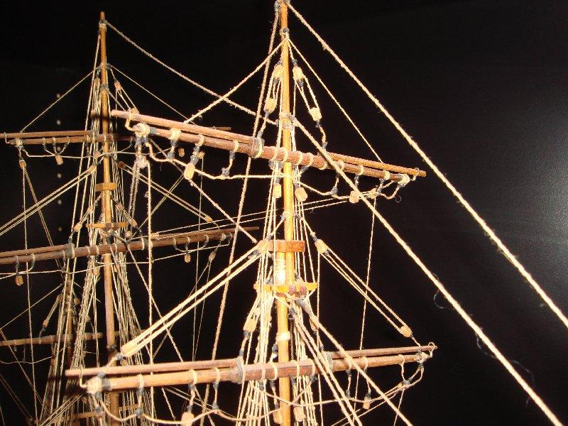 L'Union Brigantin Constructo au 1/100ème en bois - Page 3 809700DSC07374