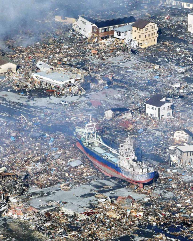 اليابان : كارثة تاريخية 859847Pictures201103137be85308b32849a39f4cfb82a3fddead