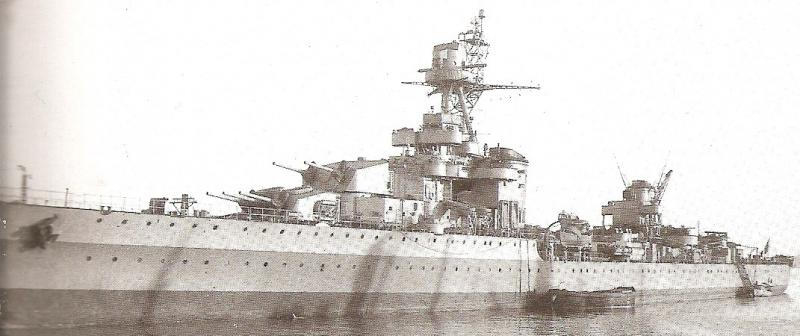 FRANCE CROISEUR LEGER EMILE BERTIN 862711Emile_Bertin_Toulon_mi_octobre_1944