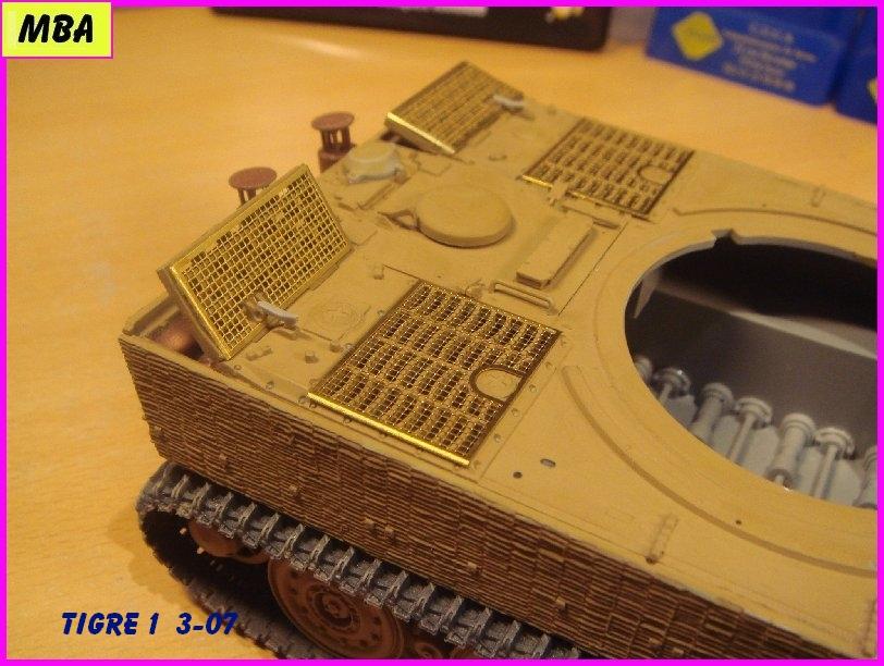 Char Tigre 1 au 1/35ème Dragon 882788tigre307