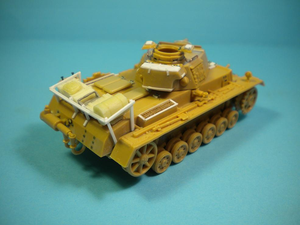 Panzer III Ausf.N - 1/72° - Page 2 8936054