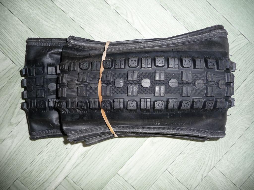[VENDS] Divers pneus 933061tn_P1060113