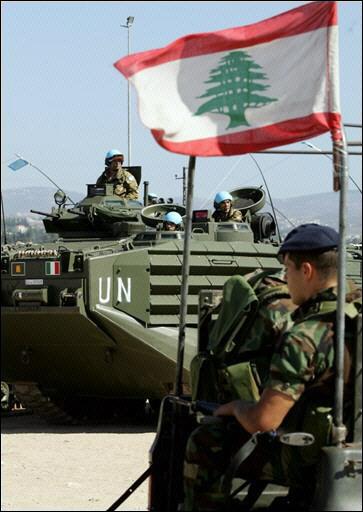 Armée du Liban. 936240Liban_Tyr_FINUL_Italiens_2septembre2006_3