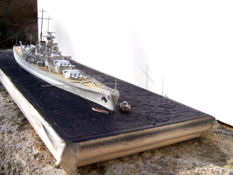 Dkm Scharnhorst 1938/39 airfix 1/600 - Page 4 994761Dkm_Scharnhorst_085