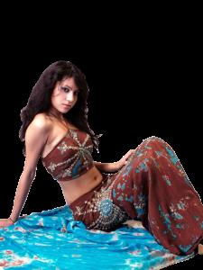 Ethnies Femmes poses diverses Mini_37448074700595