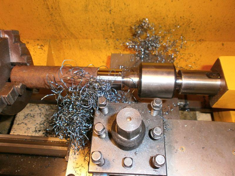 Fabrication d'un raccord pour ma pompe à lubrifiant 112259PB090011