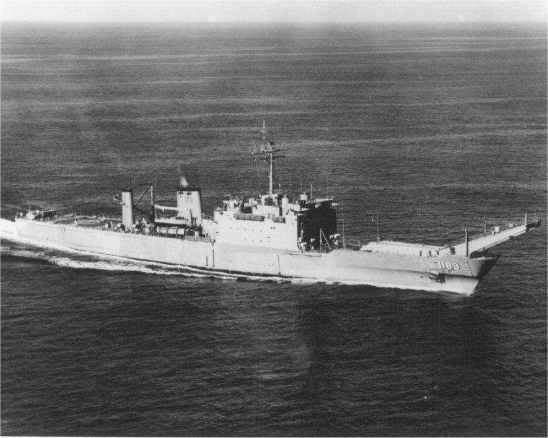 LANDING SHIP TANK (LST) CLASSE NEWPORT  115513USSSanBernardinoLST11893