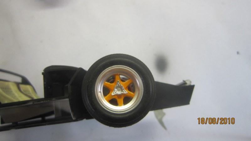 Ford GT 40 au 1/24ème 116011IMG_2529__800x600_