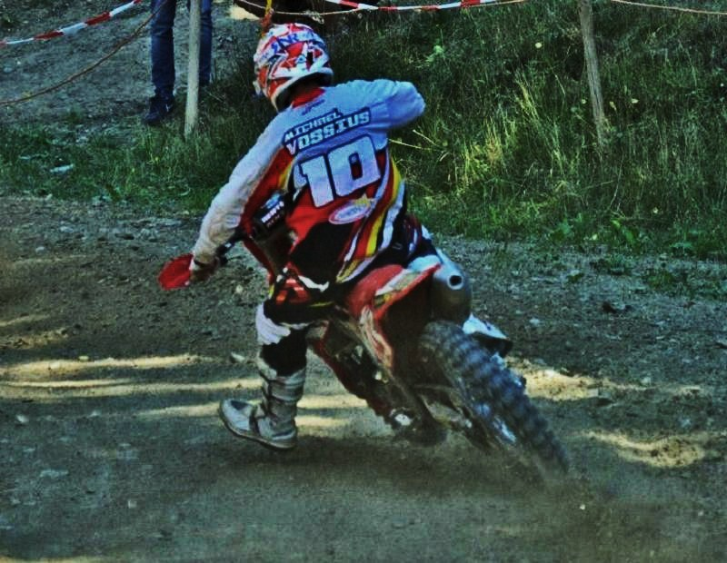 Motocross Recht - 23 août 2015 ... - Page 7 1178921195205616550205780506087934680274825617586n