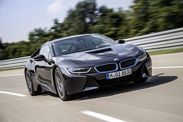 BMW Group au 92e European Motor Show Brussels 118324BMWi8