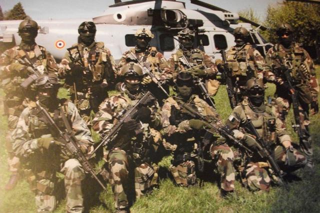 Hélicos et commando Le 4° RHFS en action 121162DSCF3888