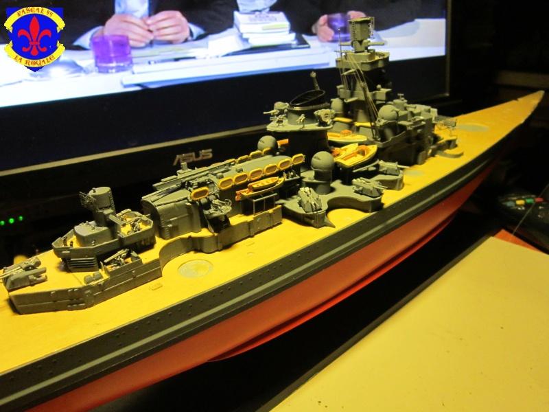 Croiseur de bataille Scharnhorst  au 1/350 de dragon - Page 7 126800IMG1381L