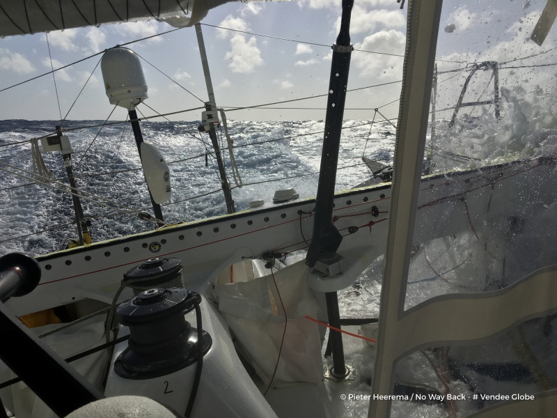 L'Everest des Mers le Vendée Globe 2016 - Page 6 127817photosentfromtheboatnowaybackondecember4th2016photopieterheeremaphotoenvoyeedepuislebateaunowaybackle4decembre2016photopieterheeremawetr16801200