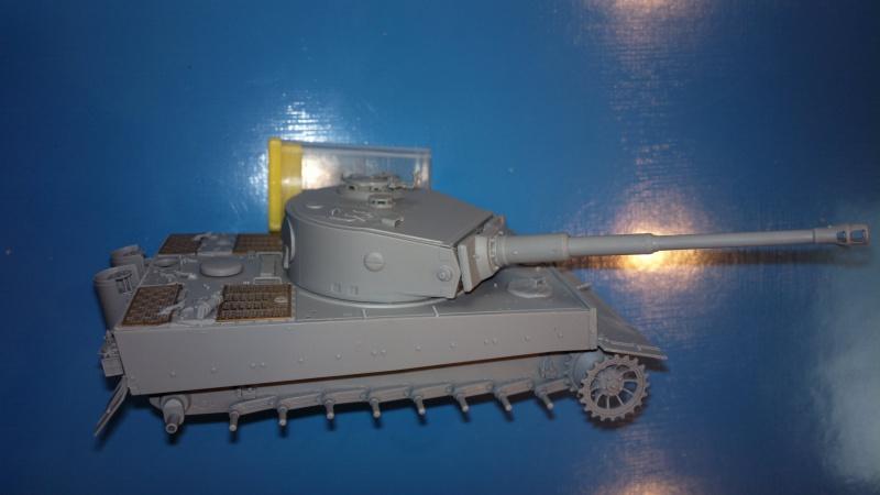 Pz.Kpfw.VI Ausf.E TIGER I ; DRAGON 1/35. 128555201408202452
