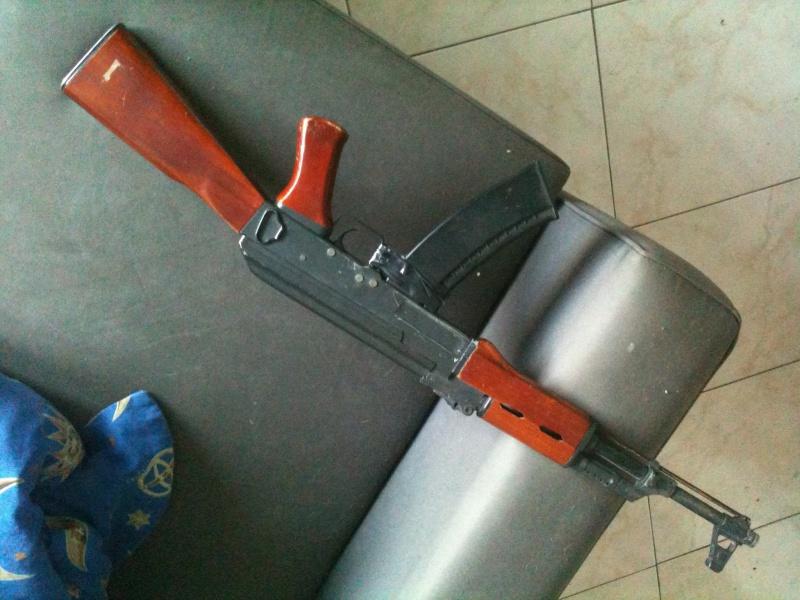 [AK-47] La réplique sortie du grenier... 12941410960249102053175379165381480868460572550839o
