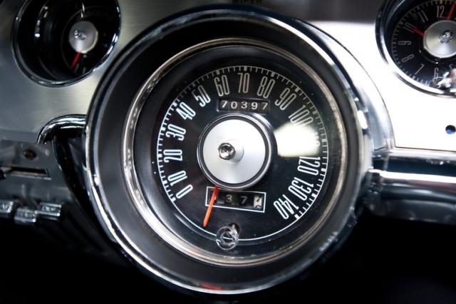 mustang shelby 350 GT 1967  au 1/25 de chez AMT/ERTL  130304interieur16