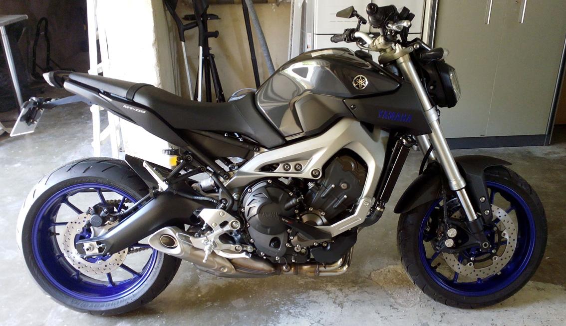 Photos de toutes les Yamaha MT-09 du forum ! :) 133030YNeophyte700mb