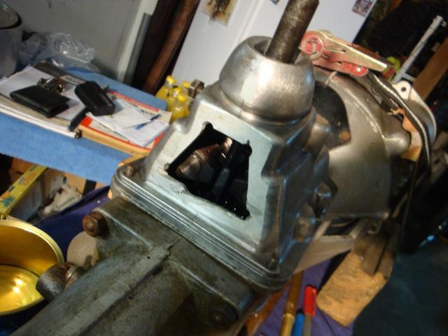 Commande de boite au plancher pour Aronde - Page 2 138037DSC02173