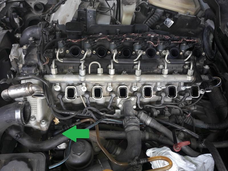 [BMW 530 d E39] Réparation raccord canneler sur pompe HP 14123920170128142313