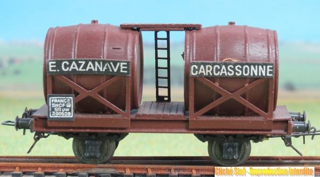 Wagons à 2 ess maquette citernes, foudres 141687VBBifoudreCazanavepresspahnchocolatIMG3554R