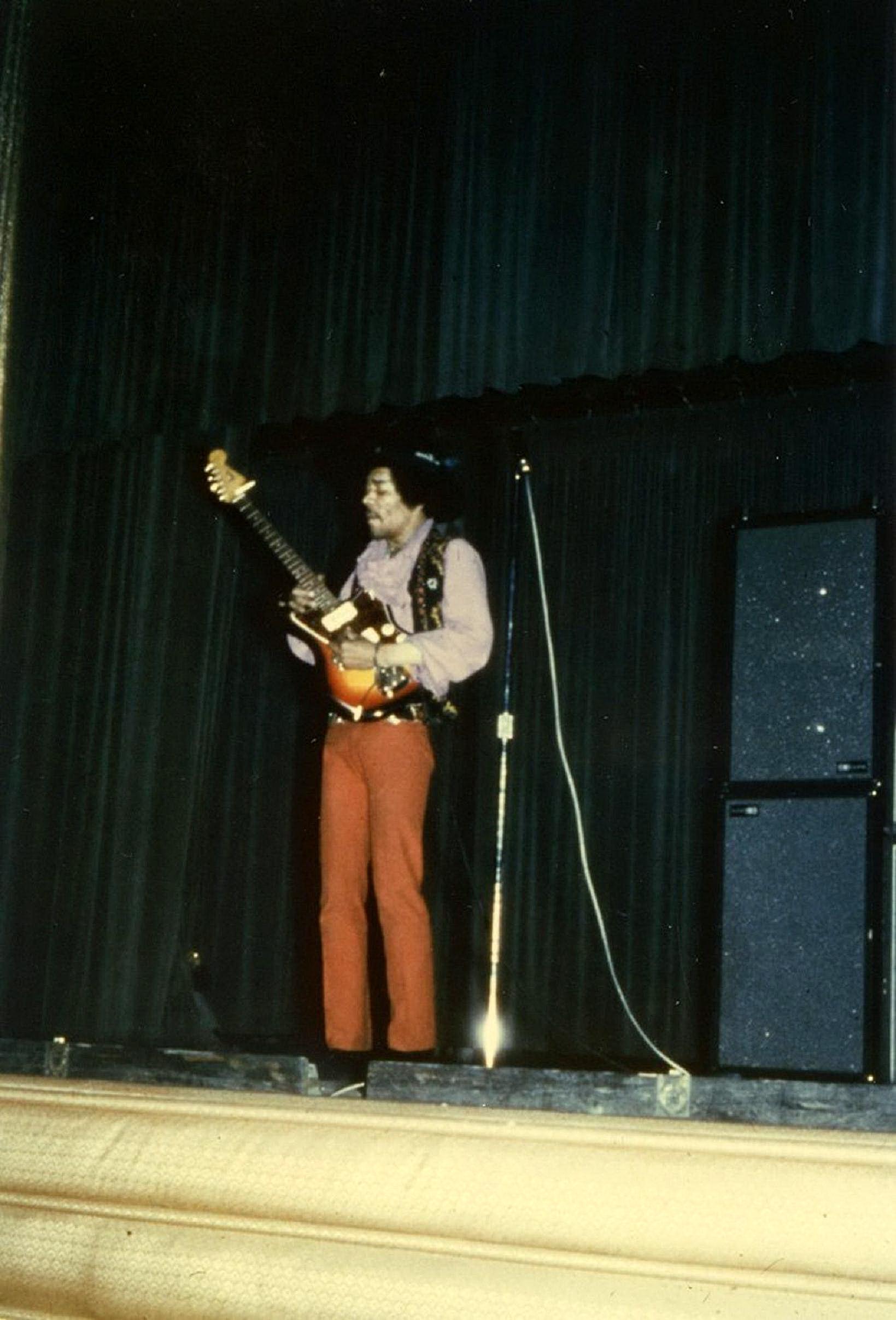 Newark (Symphony Hall) : 5 avril 1968  14783219680405Newark018