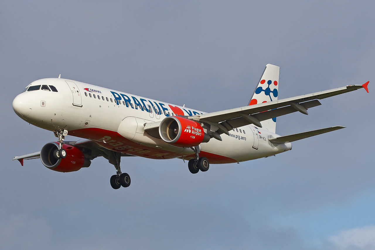 "[22/12/2013] A320 (OM-HCA) Travel Services Slovakia ""Prague loves You"" c/s 150328GRX9494"