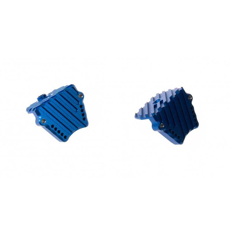 GPM Racing propose des pièces en aluminium / bielette de servo / pignon moteur 150712gpmsupportmoteuravecrefroidisseurbleutxm018b