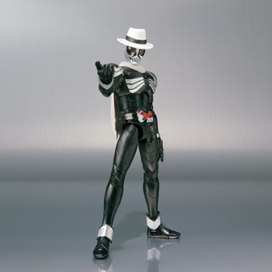 [Figurine] Figuarts - Kamen Rider Skull MG Figure-Rise  154970KamenRiderSkull01