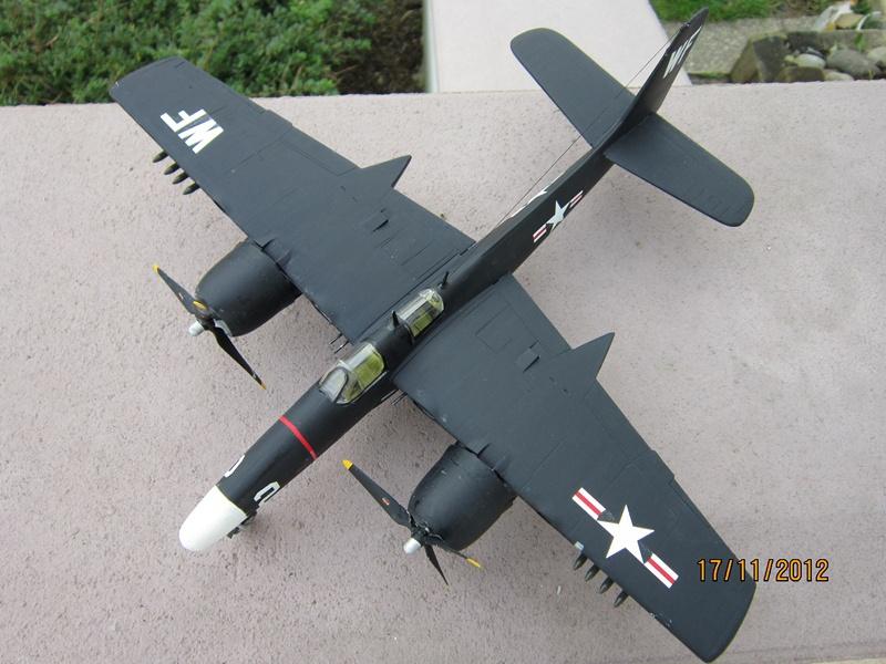 F-7F 3N Tigercat 1/48 de Italeri (ajout de photos avec le soleil) 156802IMG0765800x600