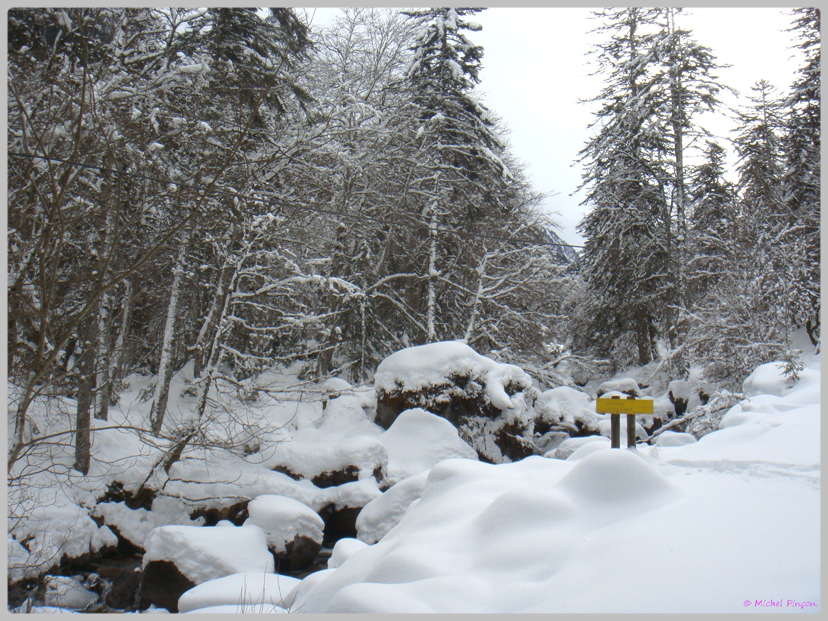 Une semaine à la Neige dans les Htes Pyrénées - Page 2 159650DSC011875