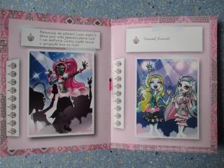 Les nouvelles Monster High pour 2013 - Page 6 160724CarnetRochelle2