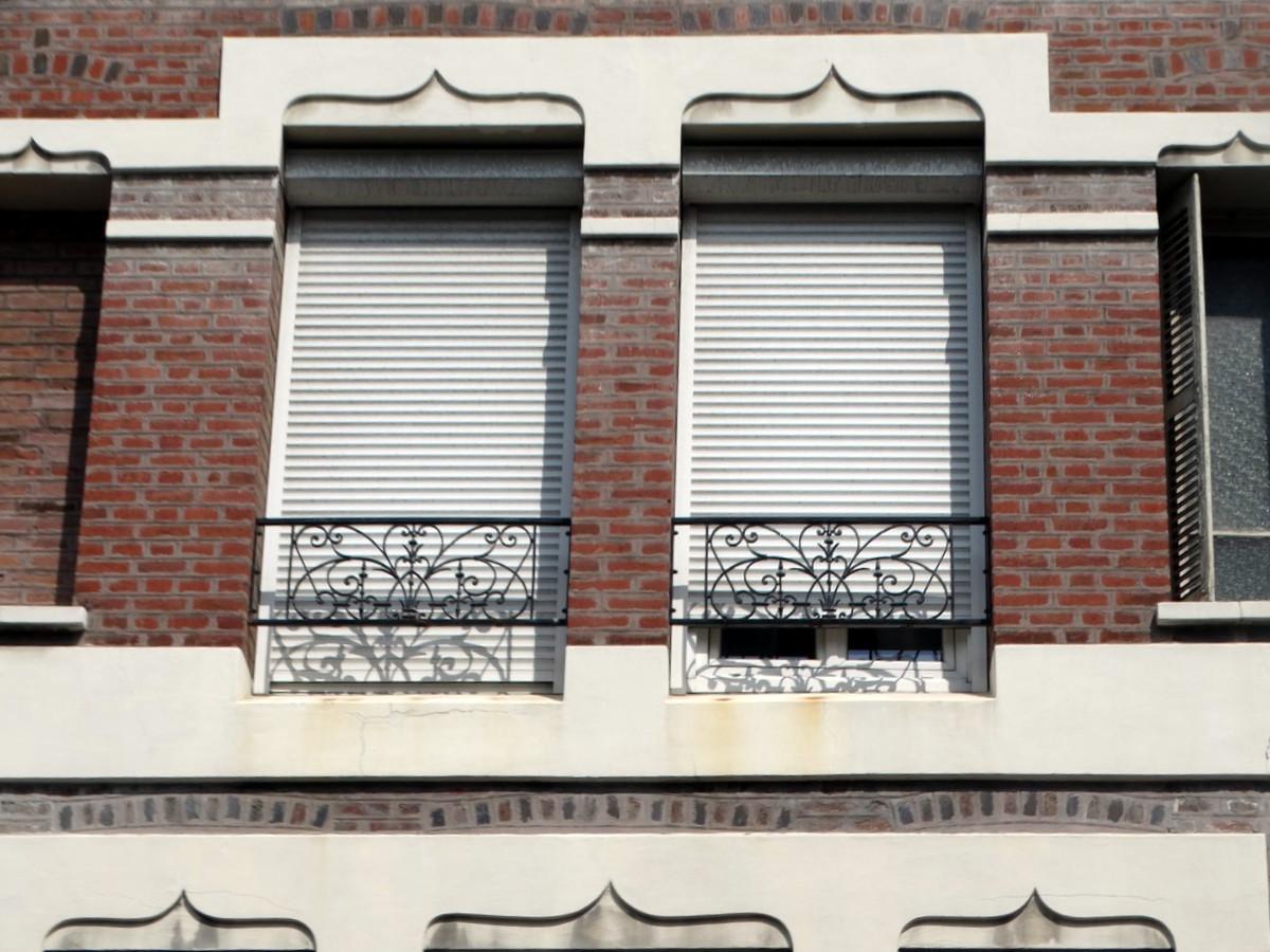 Balcons en fer forgé - Page 2 161700017Copier