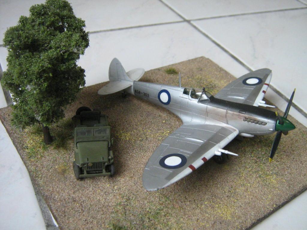 Spitfire Mk VIII RAAF [AZ Model] 161747IMG0560