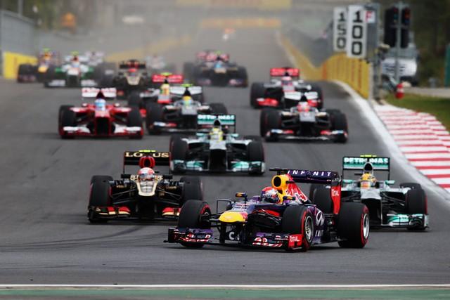 F1 GP de Corée du Sud 2013 : Victoire Sebastian Vettel 1645612013vettelgrosjeanHamilton