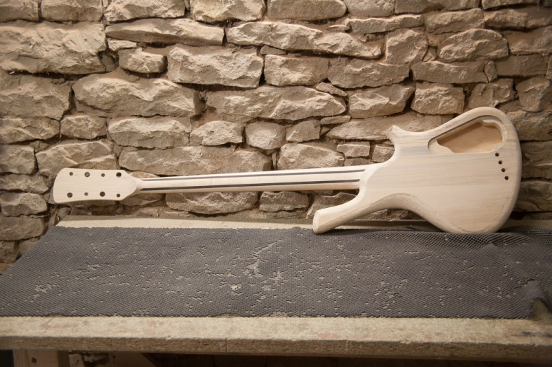 [LUTHIER] CG Lutherie - Page 2 168381IMG9074