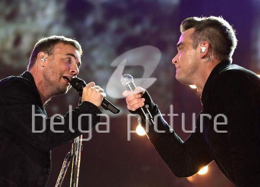 Robbie et Gary au concert Heroes 12-09/2010 16890622293361