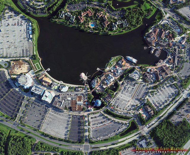 Le kiosque aux infos sur les parcs Disney étrangers  - Page 8 175245disneyspringsFull19742